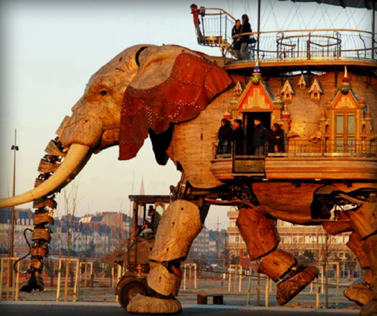 recycled_material_robot_elephant_miracle